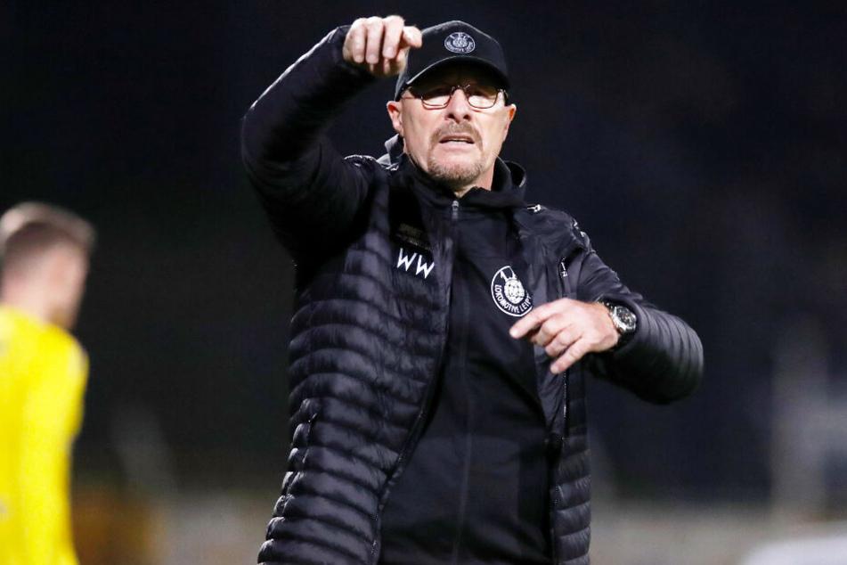 Lok-Trainer Wolfgang Wolf musste sich trotz einer zwischenzeitlichen 2:0-Führung seiner Mannschaft am Ende mit einem 2:2 begnügen.