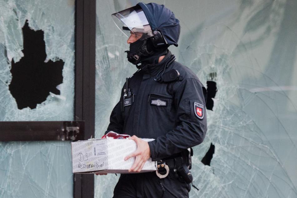 Die Polizei hat am frühen Mittwochmorgen mehrere Objekte in ganz Hessen wegen Terrorverdachts durchsucht (Symbolbild).
