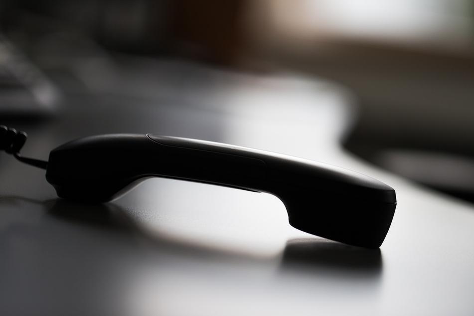 """Immer wieder kommt es zu versuchten """"Enkeltricks"""" per Telefon. So auch in den vergangenen Tagen mehrfach in Dresden bei einer Handvoll Senioren."""
