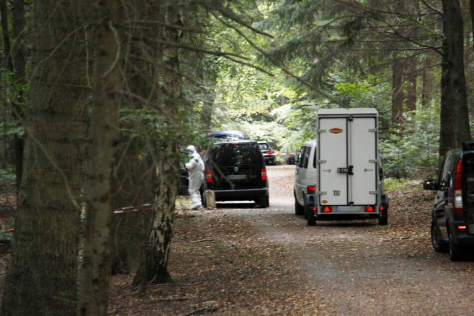 Am 2.10 wurde in einem Waldstück nahe Pforzheim eine männliche Leiche gefunden.