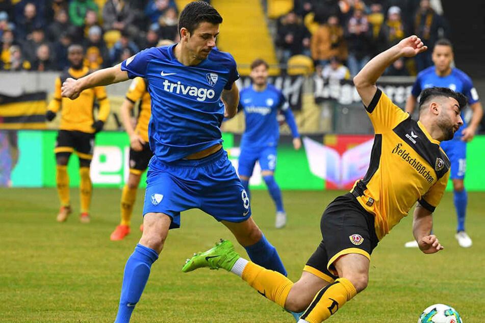 """""""Er ist mir auf den Fuß getreten"""", sagte Bochums Ex-Dynamo Anthony Losilla (l.) zur Elfmeter-Szene. """"Es gab einen Kontakt"""", meinte Aias Aosman. Da haben wohl beide recht..."""