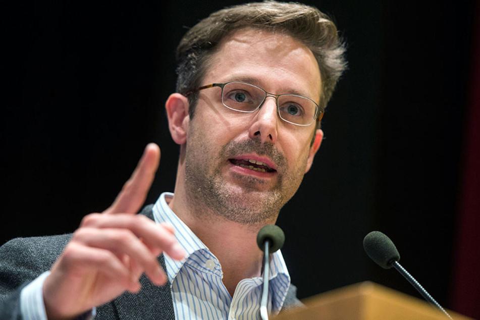 """NRW-AfD-Chef Marcus Pretzell glaubt nicht daran, dass Hemmelgarn ein """"Reichsbürger"""" sein soll."""