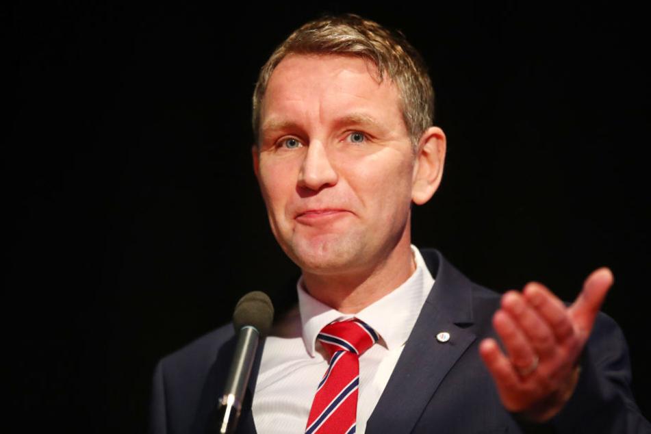 Auf dem Landesparteitag in Arnstadt soll Höcke sein Buch angekündigt haben.