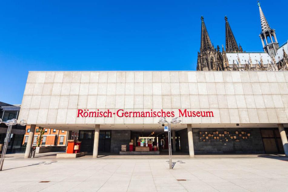 """Der Ursprung von """"Schäl Sick"""": Die Rivalität zwischen Römern und Germanen."""