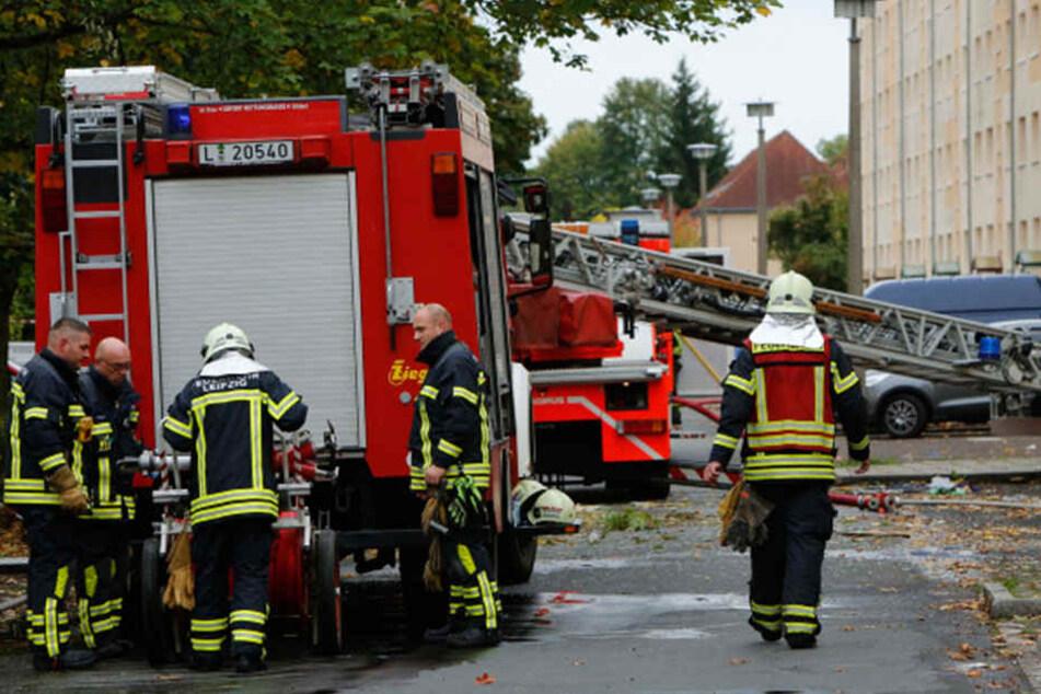 Die Feuerwehr musste mit mehreren Einsatzfahrzeugen anrücken.