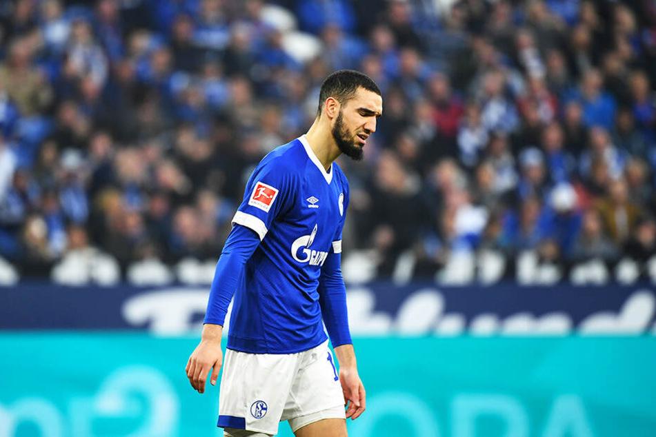 Schalke-Spieler Nabil Bentaleb wurde in die eigene Reserve versetzt.