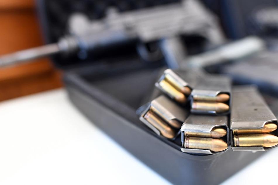 Rund 40.000 Schuss Munilition wurden beschlagnahmt.