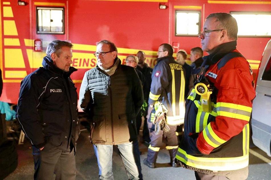 Heidenaus Bürgermeister Jürgen Opitz (61,CDU) eilte selbst zu den Einsatzkräften.
