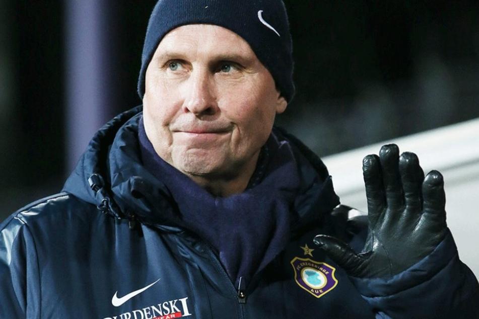 Winkt bei Diskussionen um den Trainer kategorisch ab: Aues Boss Helge Leonhardt.