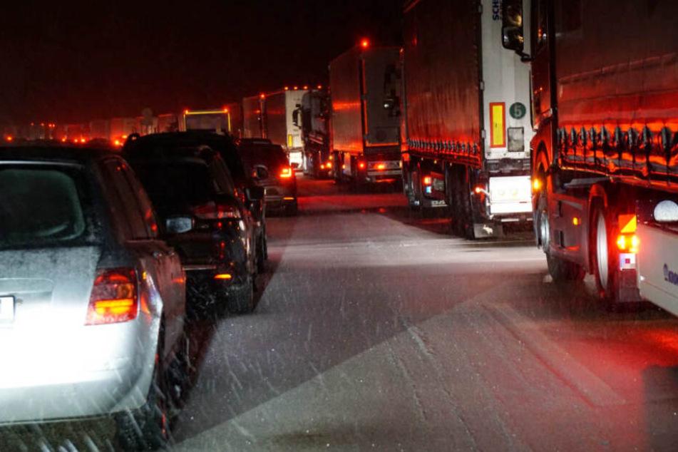 Tod im Schnee-Stau: Daran starb die Frau auf der Autobahn