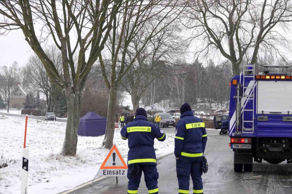 Die Polizei war bis zum Freitagnachmittag am Fundort der Leiche mit der Spurensicherung beschäftigt.