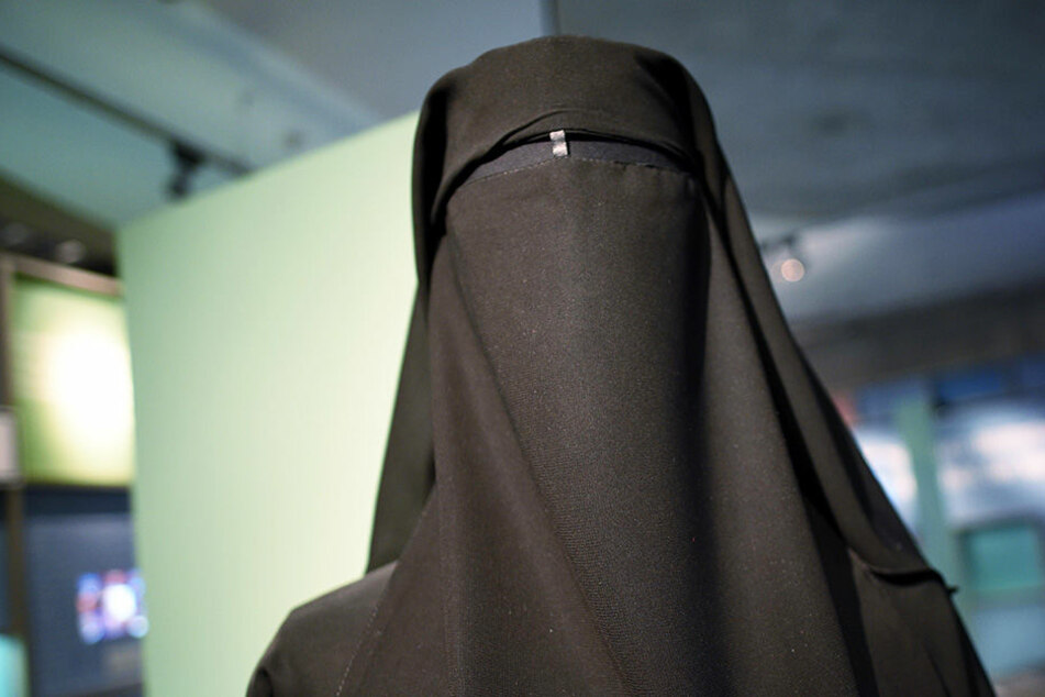 Burka-Verbot! Hier wollen die Bürger, dass die Verschleierung verhindert wird