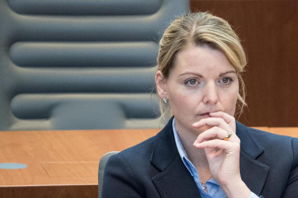 Am Dienstag (15. Mai) hatte Christina Schulze Föcking ihren Rücktritt als Agrar- und Umweltministerin in NRW bekanntgegeben.