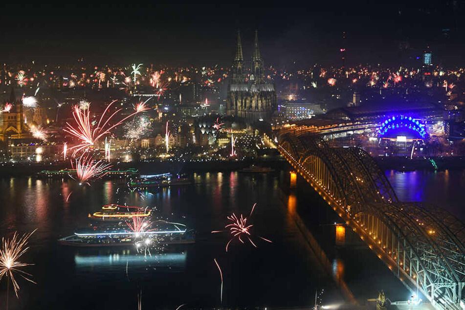 In Köln wurde mit einem großen Polizeiaufgebot zelebriert.