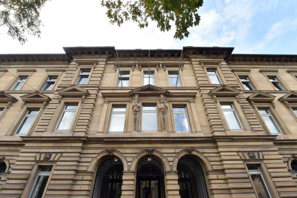 Der Prozess fand vor der Pforzheimer Außenstelle des Landgerichts Karlsruhe (Foto) statt.