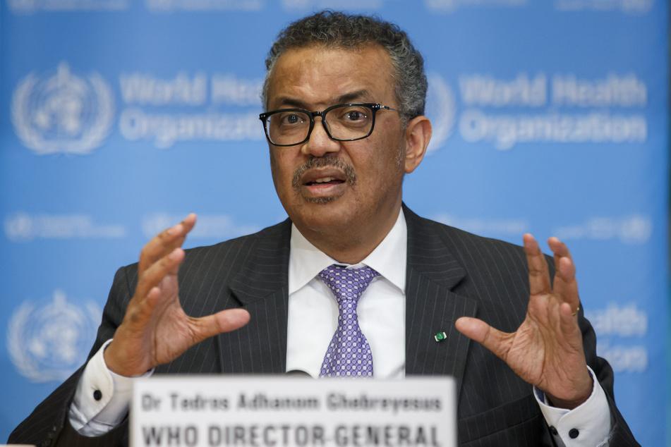 Tedros Adhanom Ghebreyesus, Generaldirektor der Weltgesundheitsorganisation (WHO), spricht während einer Pressekonferenz.