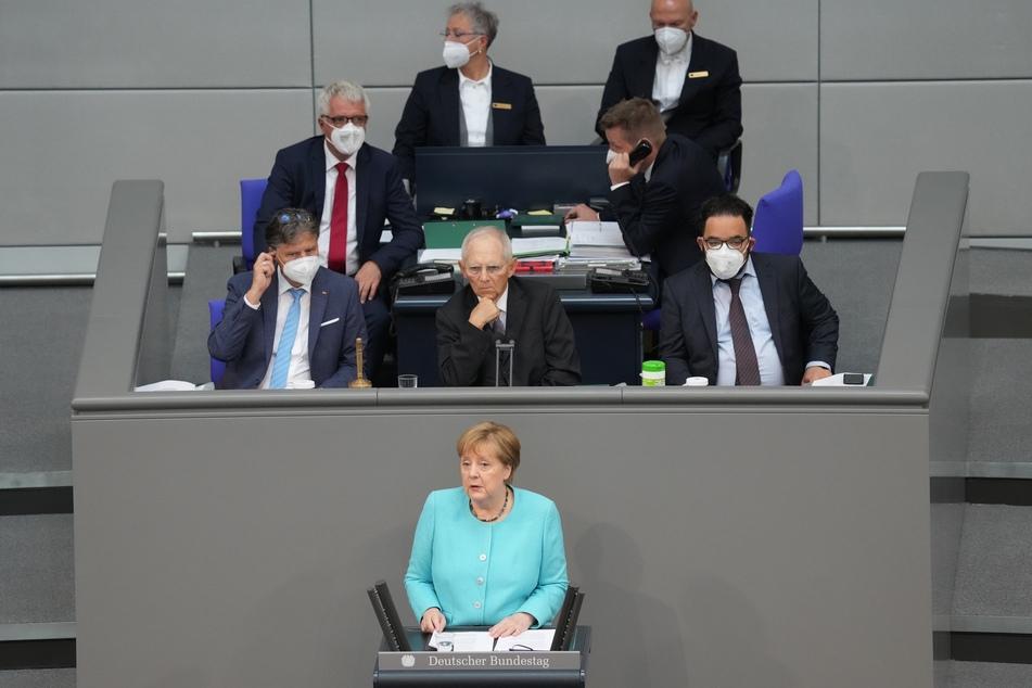 Wolfgang Schäuble (78, CDU, M.) ist seit 2017 der Präsident des Deutschen Bundestages.