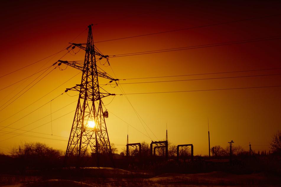 Wie groß die Stromstörung ist und was dahinter stecken könnte, ist aktuell noch unklar. (Symbolbild)