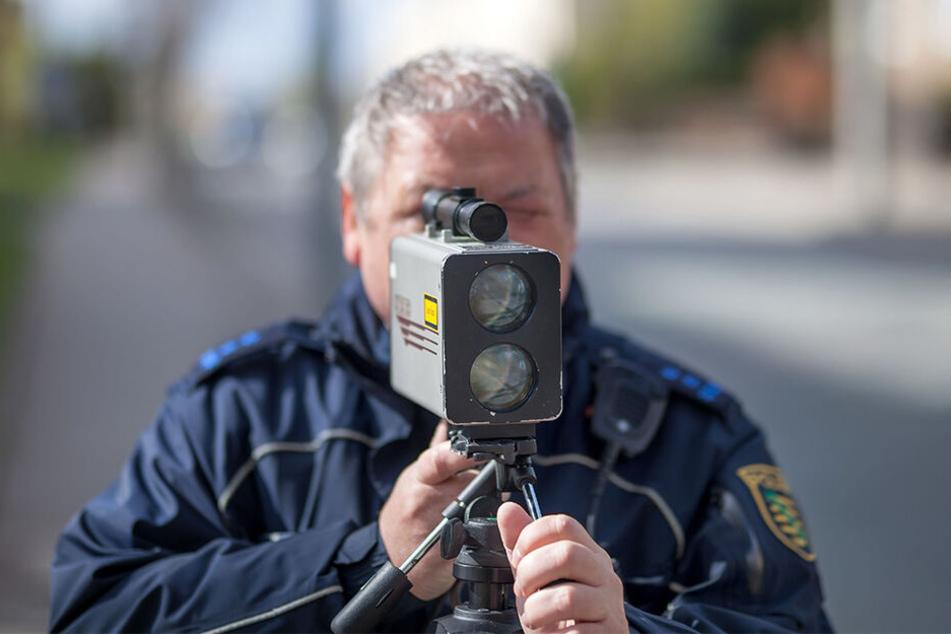 Mehr Verkehrstote: Die Polizei will wieder häufiger blitzen.