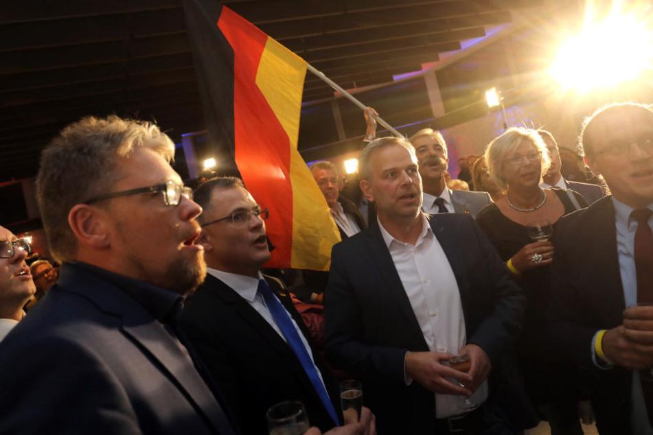 Partei-Mitglieder bei der Wahlparty während der hessischen Landtagswahl 2018.