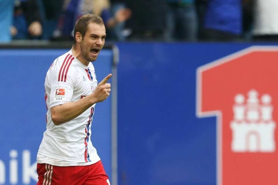 Pierre-Michel Lasogga jubelt nach einem Tor. Bei bulligen HSV-Stürmer läuft's derzeit prächtig - in Aue soll dieser Lauf gestoppt werden.