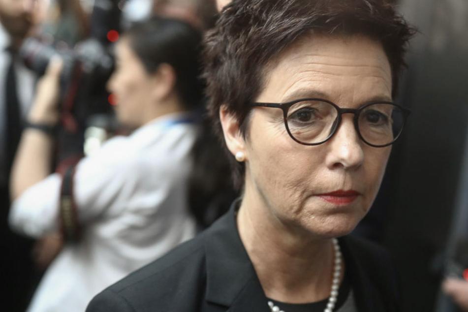 Von Seehofer gefeuert und wieder eingestellt: Ex-Bamf-Chefin Cordt darf wieder ran
