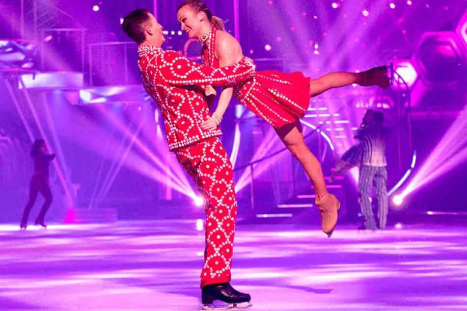 """Die neue """"Holiday on Ice""""-Show präsentiert eine Liebesgeschichte a La Romeo und Julia."""