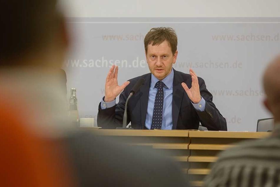 Ministerpräsident Michael Kretschmer (43, CDU) watscht die Kohlekommission ab.