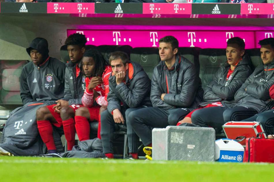 Bayern-Kapitän Philipp Lahm kann sich vorstellen, bereits nach der laufenden Bundesliga-Saison seine Karriere zu beenden.