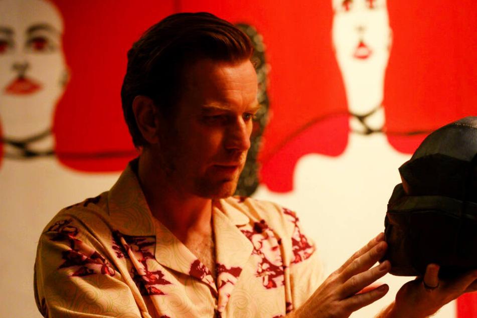 Unterweltboss Roman Sionis alias Black Mask (Ewan McGregor) gehört der Edelstein. Er setzt ein hohes Kopfgeld aus, um ihn und Cassandra zu bekommen.