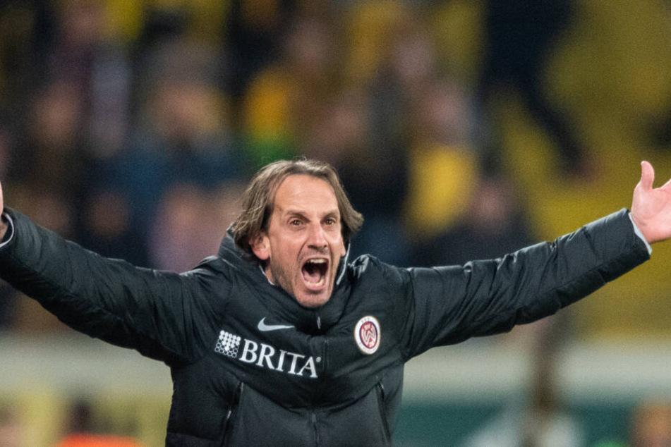 Wehens Trainer Rüdiger Rehm regte sich fürchterlich auf.