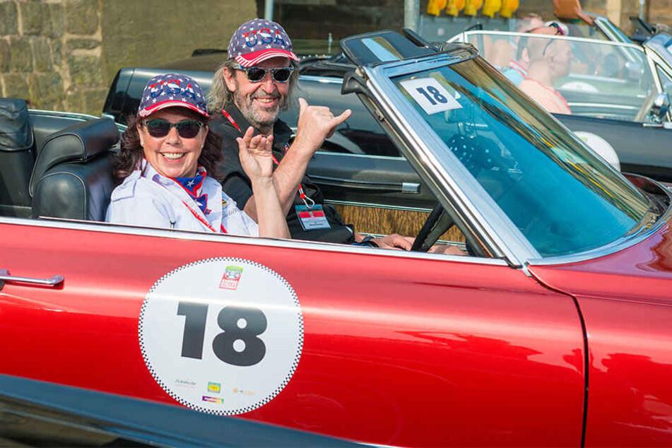 Robert und Maritta Kliemann waren mit ihrem Cadillac, Baujahr 1970, am Start.
