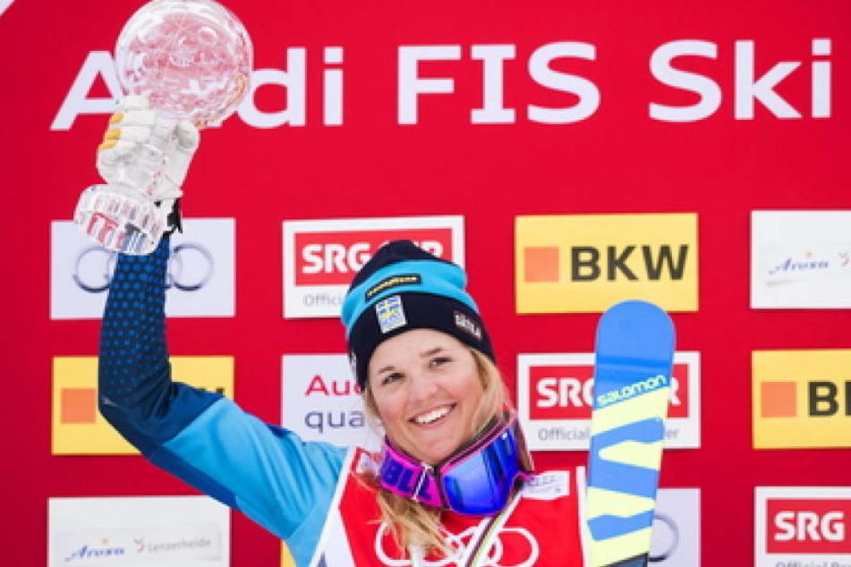 Nach ihrem schweren Sturz ist unklar, ob Ski-Star Anna Holmlund (29) wieder vollkommen gesund wird.