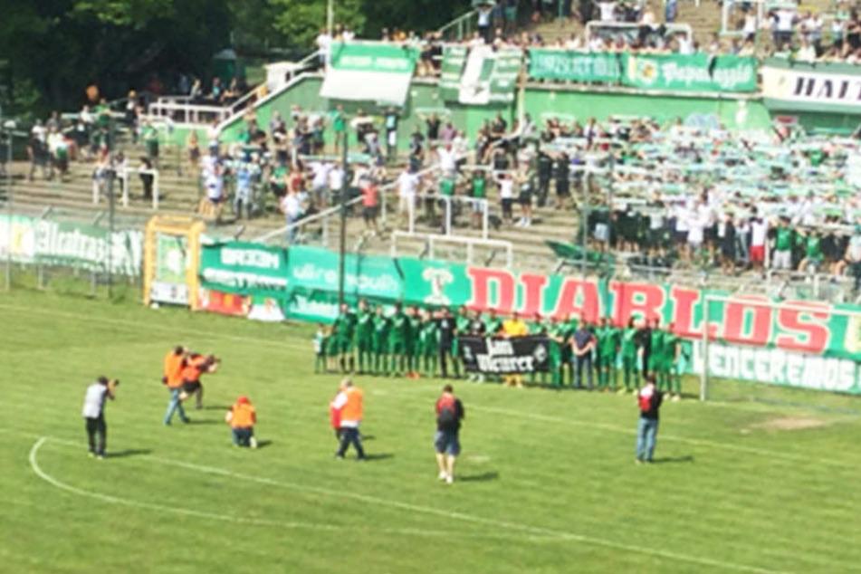 2309 Zuschauer verfolgten das hitzige Spiel im Alfred-Kunze-Sportpark.