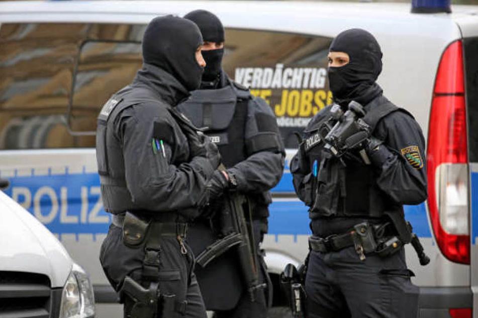 Bei der Razzia wurde am Dienstag ein 29-jähriger Weißrusse festgenommen. (Archivbild)