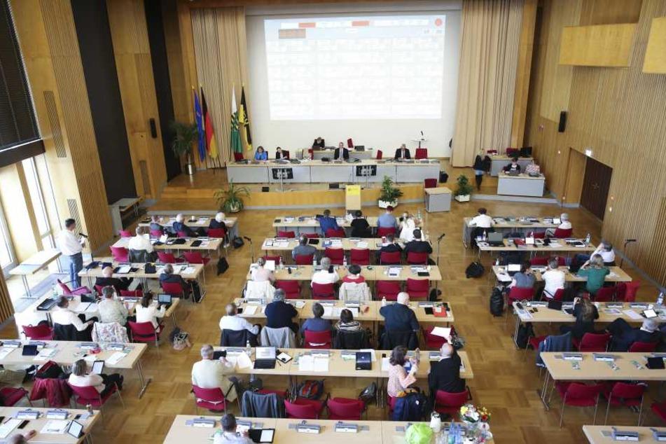 Hier stehen schwierige Verhandlungen bevor: Die rot-rot-grüne Mehrheit im Stadtrat ist futsch.
