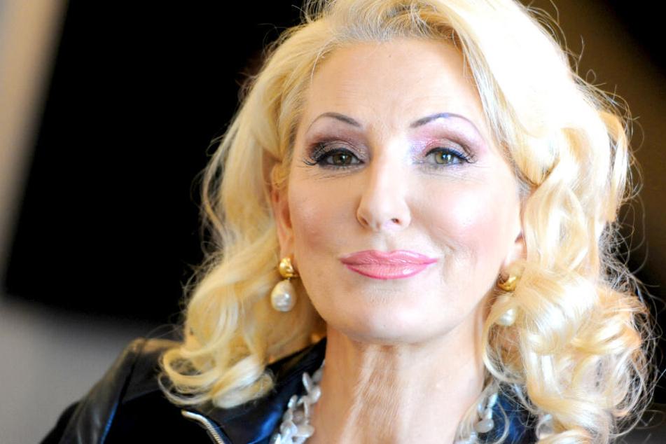 """Désirée Nick (62) soll ins """"Sommerhaus der Stars"""" ziehen."""