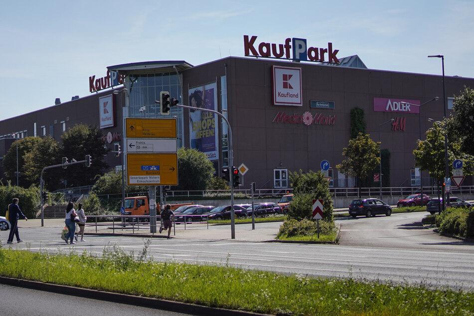 Der Kaufpark Nickern soll abgerissen und neu errichtet werden. Noch läuft der Betrieb aber regulär.