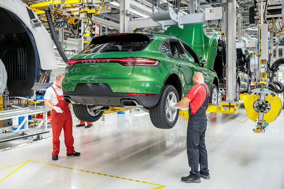 Die Porsche-Werke bleiben für eine weitere Woche geschlossen.