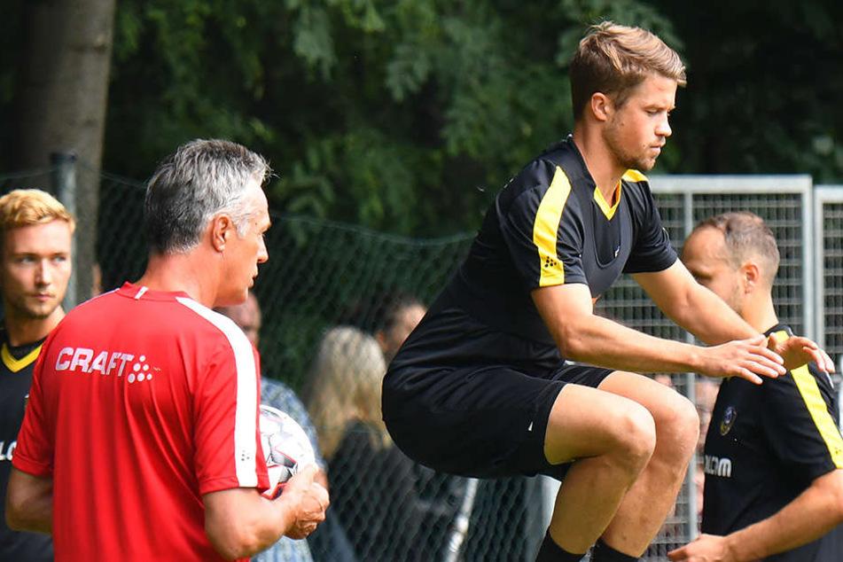 Hoch hinaus will Patrick Möschl in der neuen Saison. SGD-Trainer Uwe Neuhaus wird genau hinschauen bei ihm.