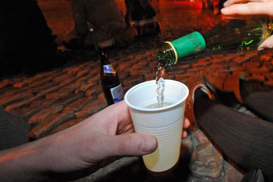 Viele Jugendliche überschätzen sich beim Alkohol. (Symbolbild)