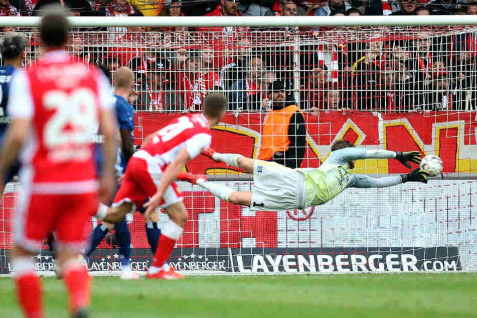 Grischa Prömel trifft per Traumtor zum 2:0.