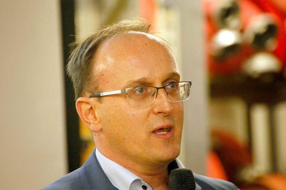 Für Stadtrat Jörg Vieweg ist die Zeit des Sparens vorbei.
