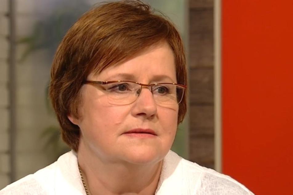 Professor Ute Mackenstedt erforscht Zecken und hat im ZDF-Morgenmagazin interessante Neuigkeiten.