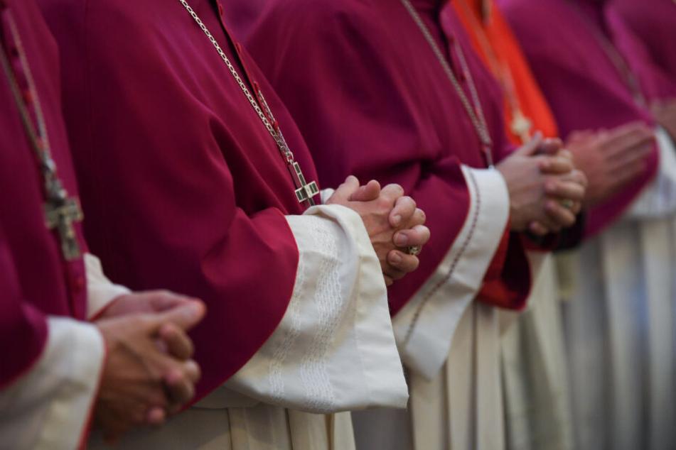 Für katholische Priester gilt noch immer das Zölibat (Symbolfoto).