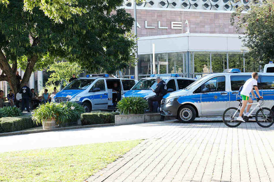 Großeinsatz! Wieder Razzia in der Chemnitzer Innenstadt