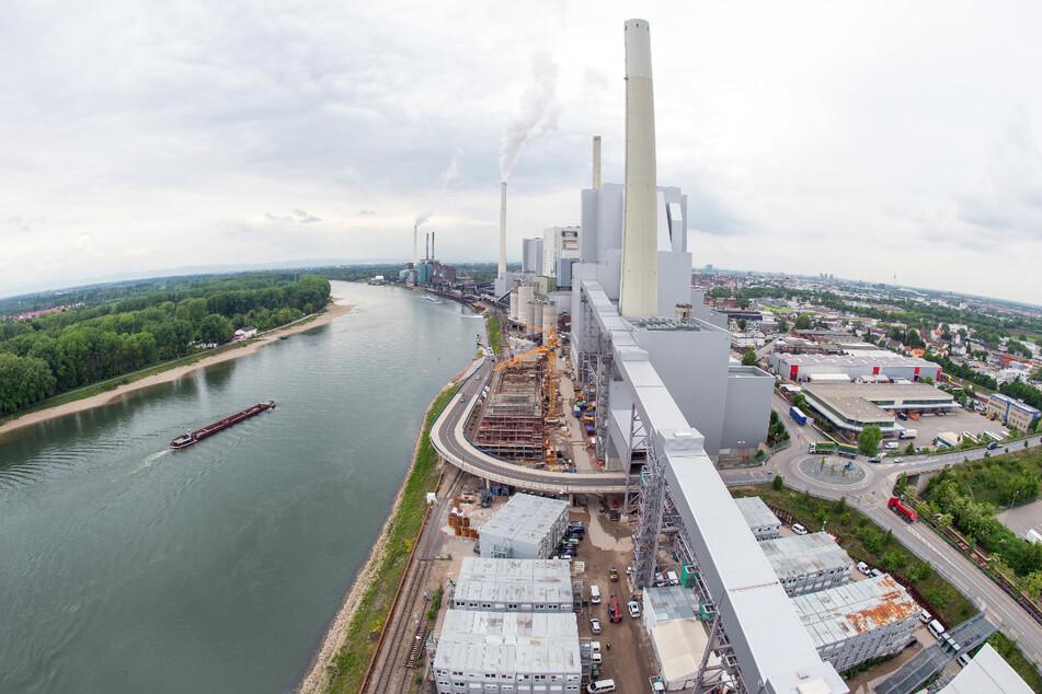 Steinkohle-Kraftwerk besetzt: Aktivisten gelangen auf Gelände