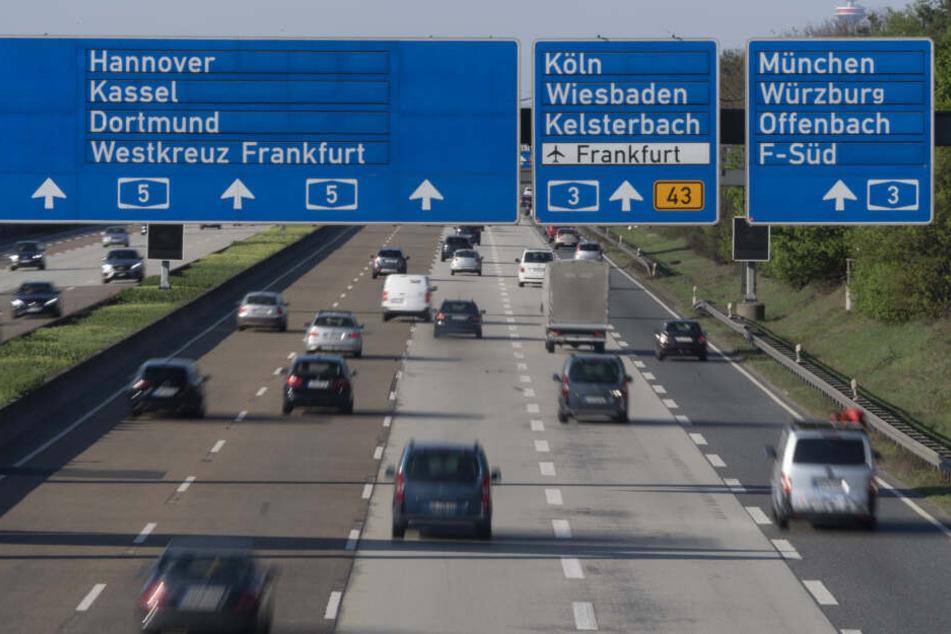 Der Unfall ereignete sich auf der A5 bei Frankfurt (Symbolbild).