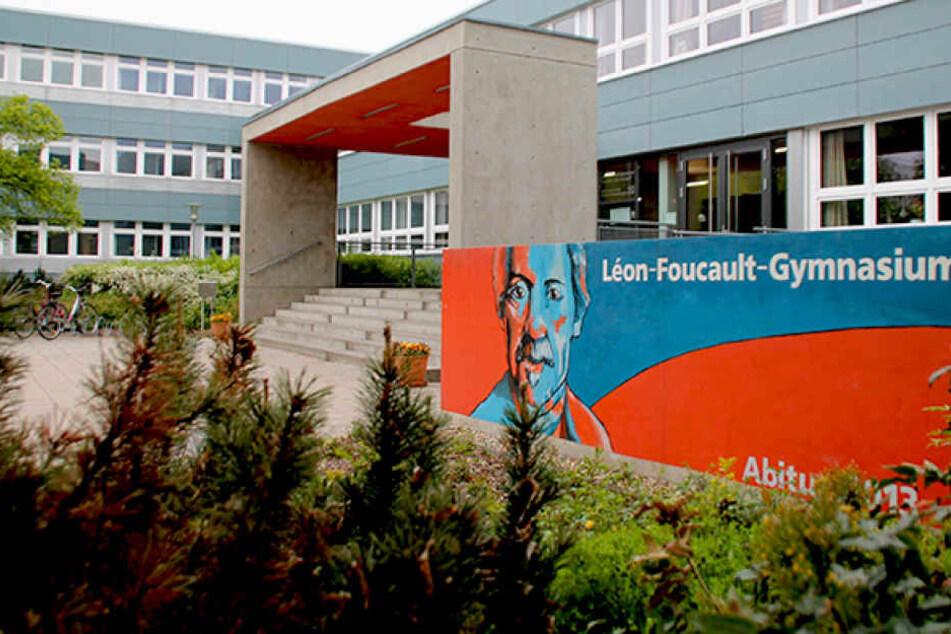 Am Foucault Gymnasium in Hoyerswerda gab es am Freitag Gerüchte um eine Bombendrohung.
