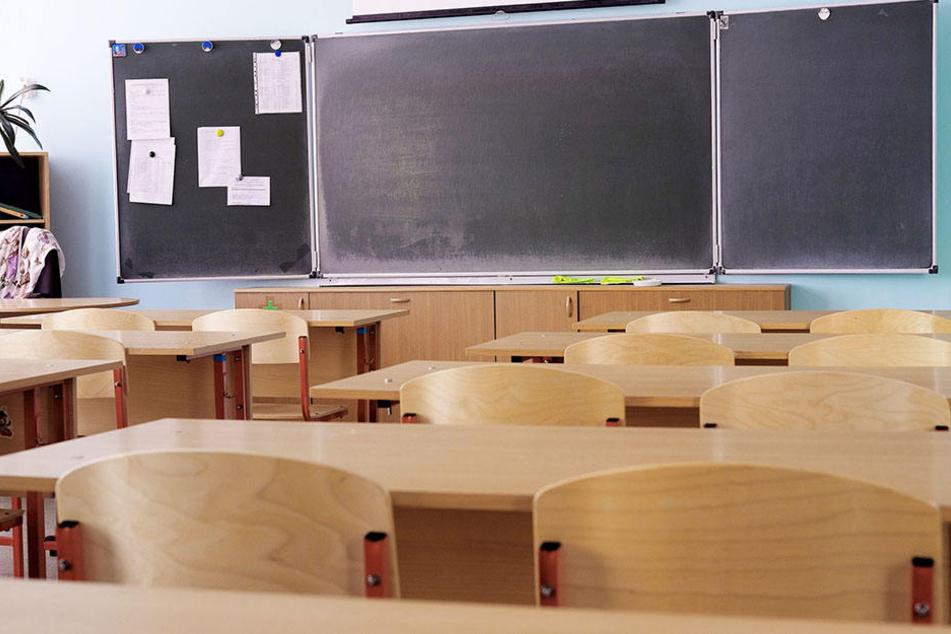 Die Schüler der fünften Klasse boykottieren den Unterricht wegen des gewalttätigen Mitschülers. (Symbolbild)